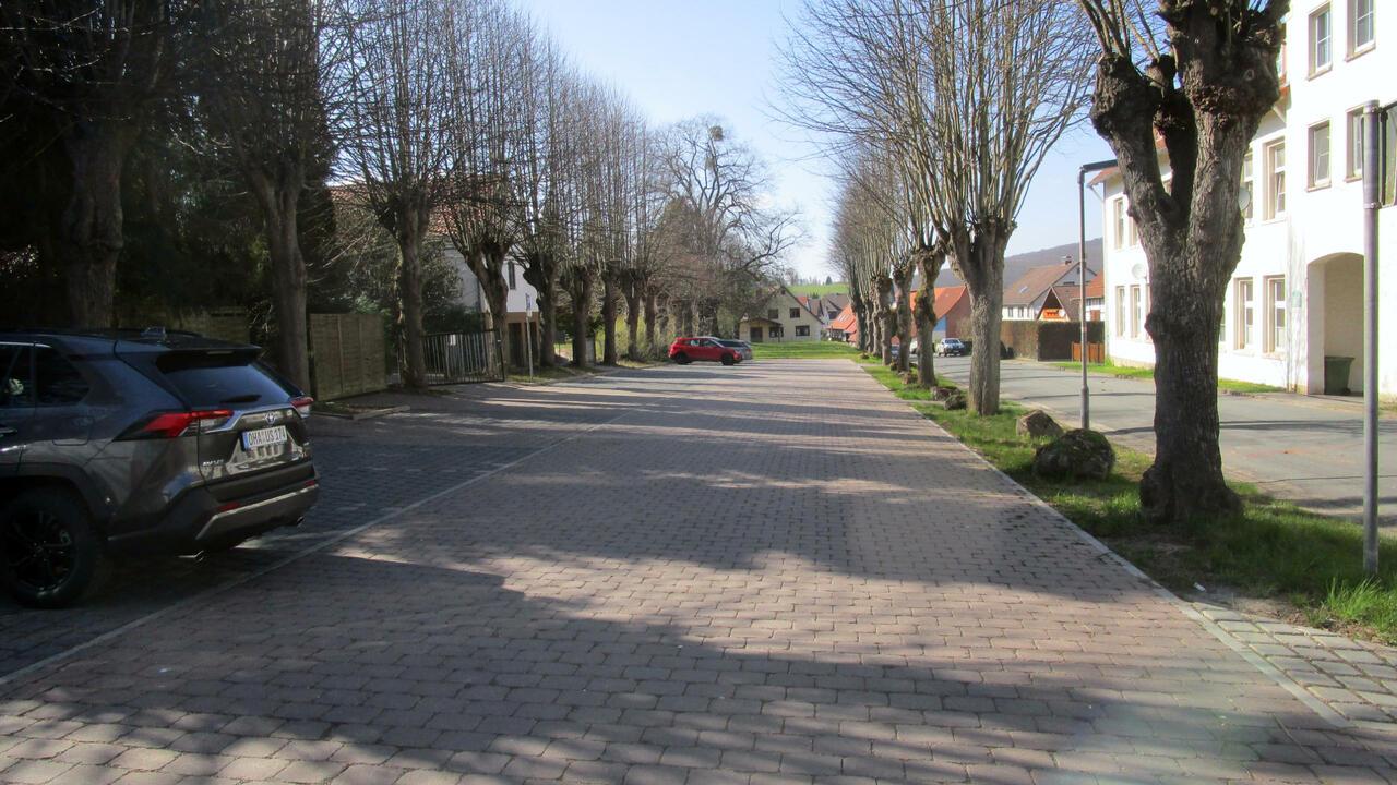 Parkplatz am Friedhof Barbis