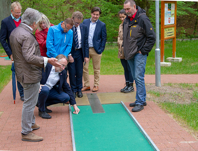 Minigolf mit Bernd Lange